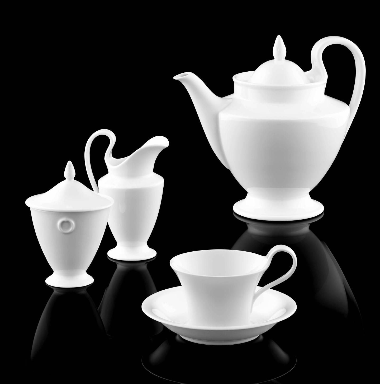 Teekanne, Zuckerdose, Gießer und Teetasse der Form EMPIRE in weiß_FÜRSTENBERG Porzellan