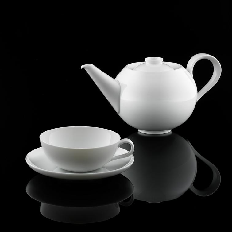 Teekanne und Teetasse der SIEGER by FÜRSTENBERG Form MY CHINA! in weiß_FÜRSTENBERG Porzellan